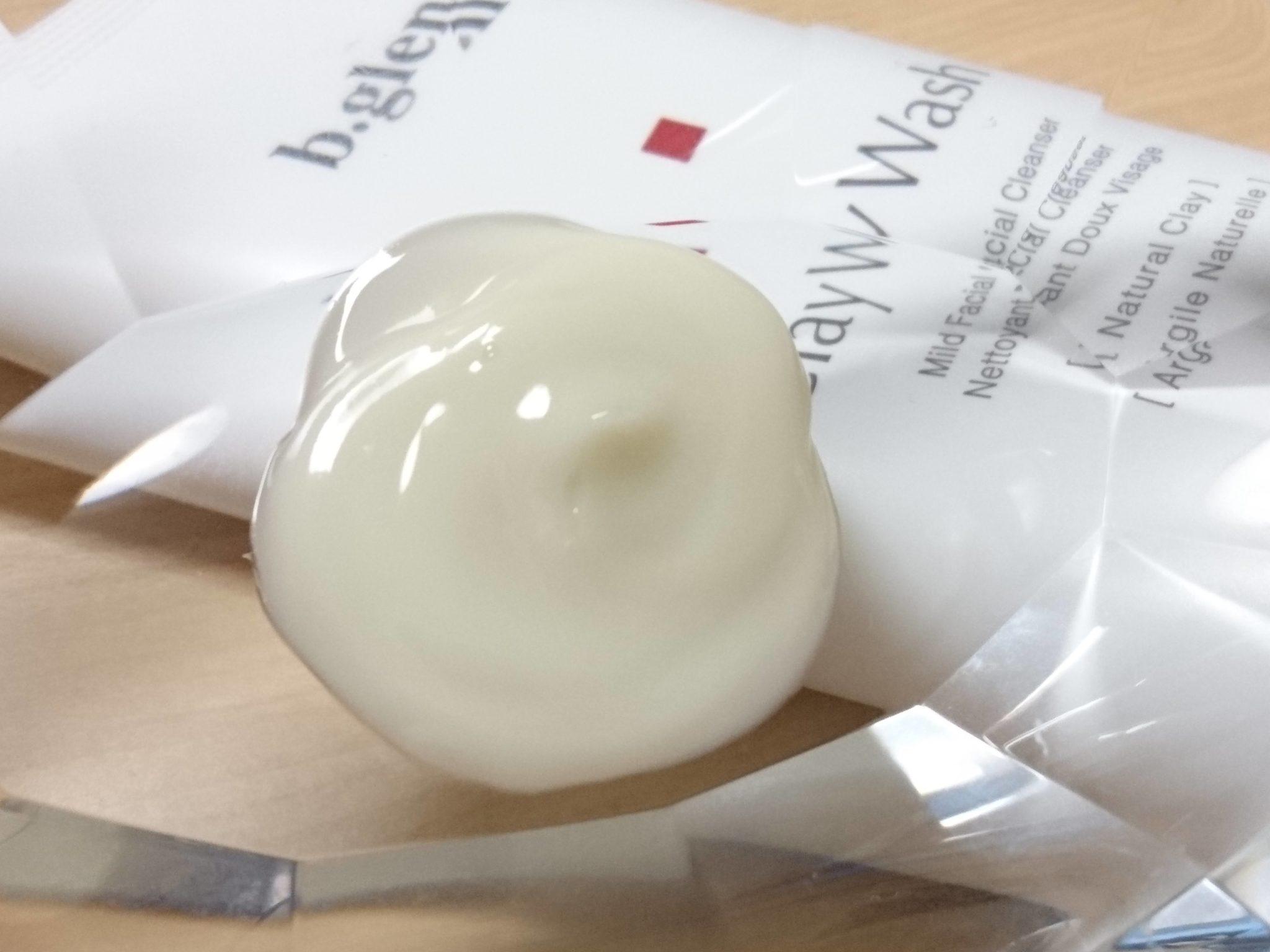 ビーグレンクレイウォッシュは、柔らかいクリームのようなテクスチャー